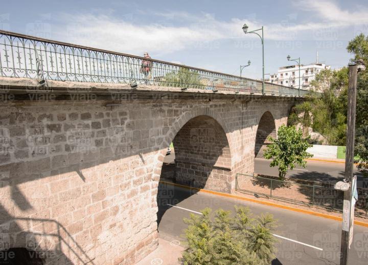 EL puente Virreinal